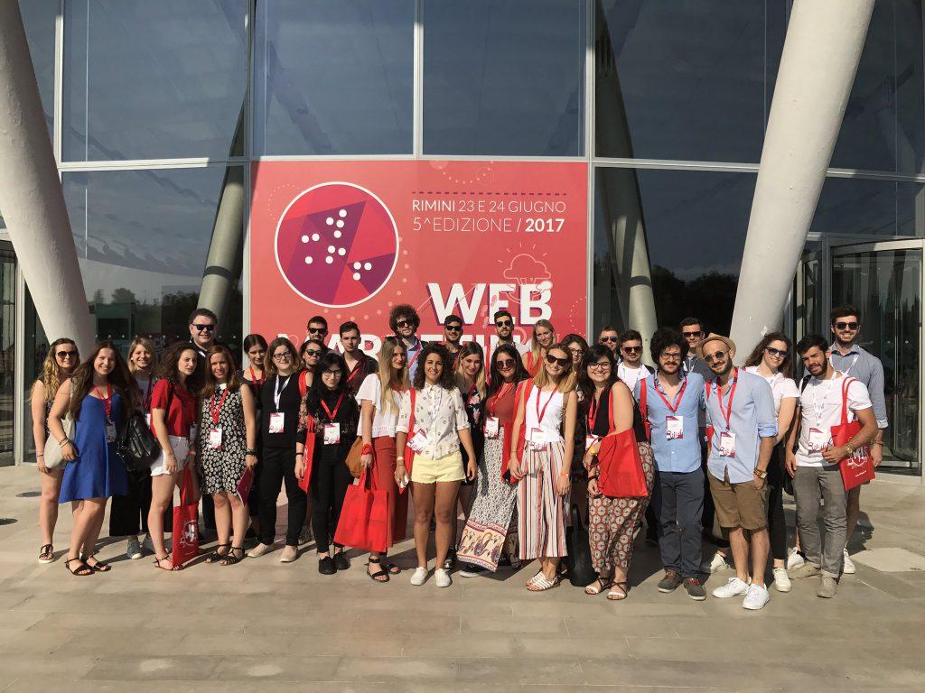Foto di gruppo del Social media team dello IUSVE di Verona