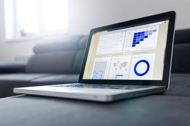 marketing laptop