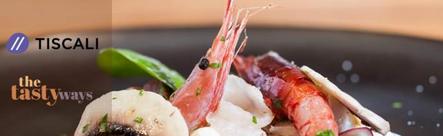 Food content marketing: immagine di crudo di pesce con a sinistra i loghi di Tiscali e The Tasty Ways